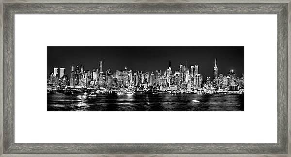 New York City Nyc Skyline Midtown Manhattan At Night Black And White Framed Print