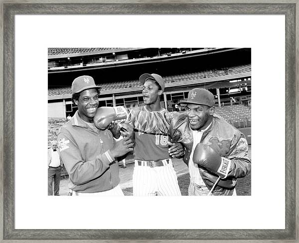 New York Mets Dwight Gooden Laughs Off Framed Print