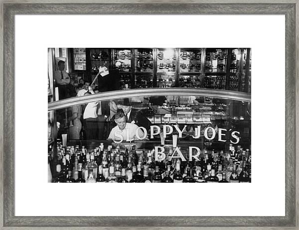 Noel Cowardalec Guinness Framed Print