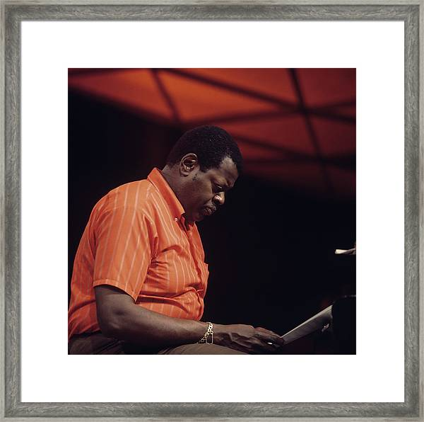 Oscsr Peterson Performs On Tv Show Framed Print by David Redfern