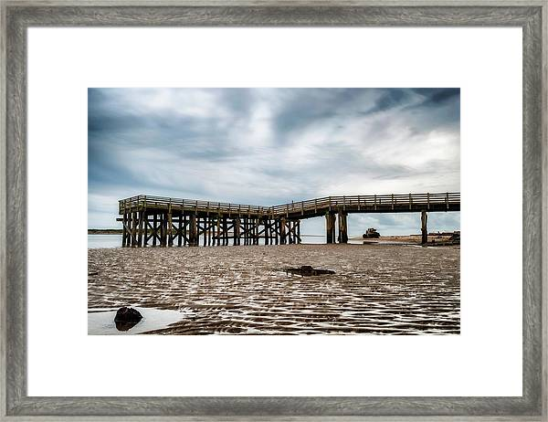 Framed Print featuring the photograph Pier At Low Tide by Dee Browning