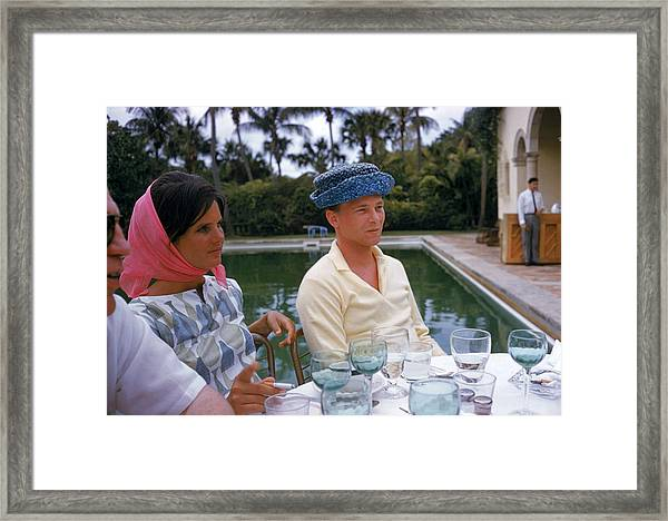 Pulitzer At Party Framed Print by Slim Aarons