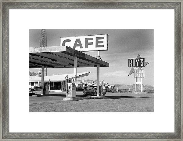 Roys Motel, Cafe, And Gas On Route 66 Framed Print by Car Culture