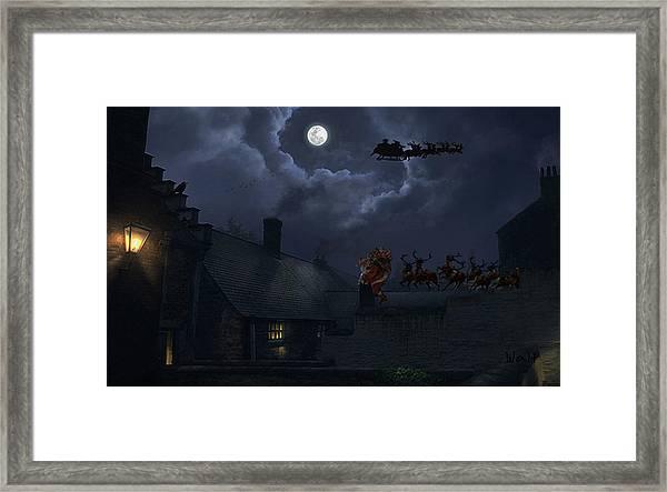 Santas Framed Print