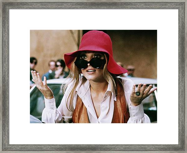 Sharon Tate In 1969 Framed Print by Keystone-france