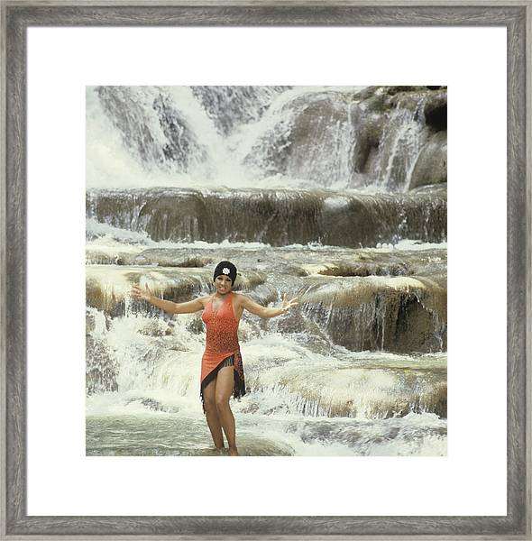 Shirley Bassey In Jamaica Framed Print