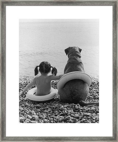 Side By Side Framed Print by Hulton Archive