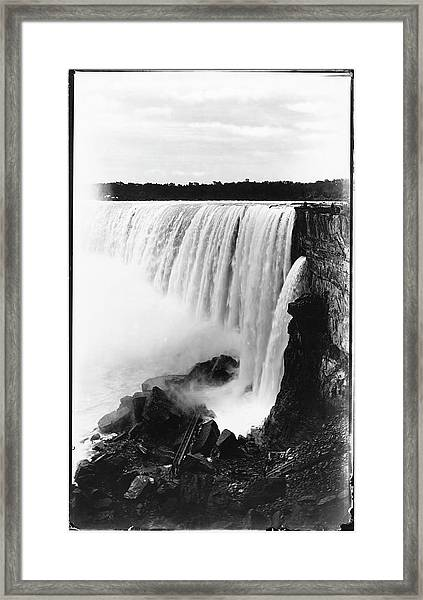 Side View Of Horseshoe Falls Framed Print