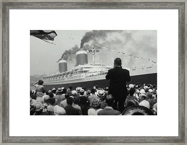 Ss United States On Maiden Voyage, 1952 Framed Print