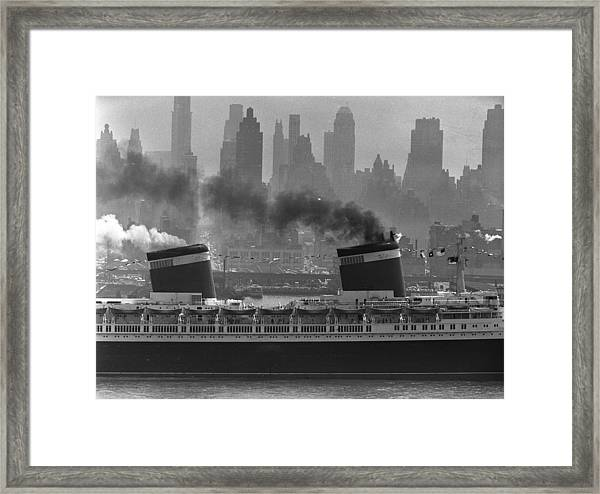 S.s. United States Sailing In New York Framed Print
