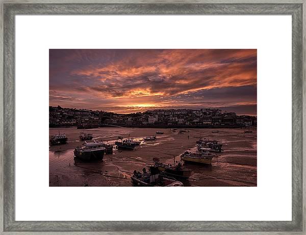 St Ives Cornwall - Harbour Sunset Framed Print
