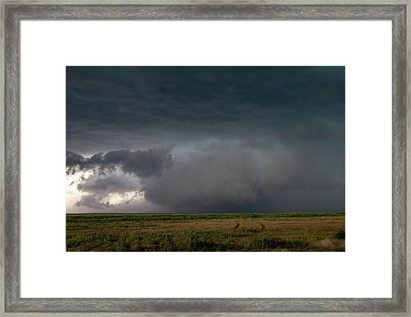 Storm Chasin In Nader Alley 030 Framed Print