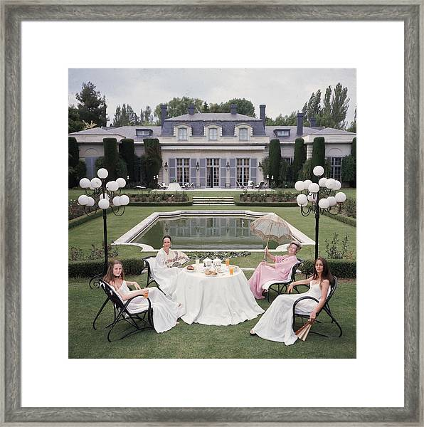 The Romanones Framed Print by Slim Aarons
