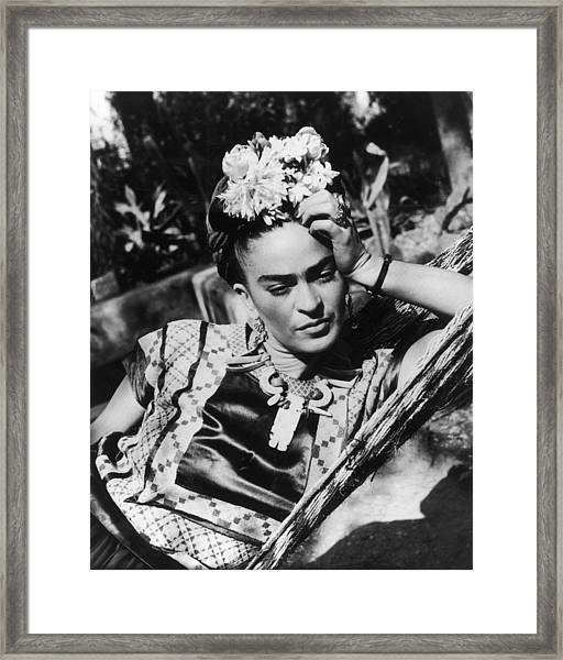 Thoughtful Frida Framed Print by Hulton Archive