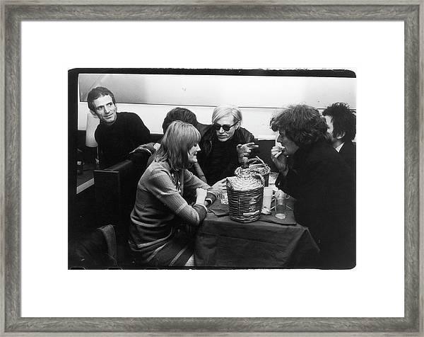 Warhol & Co. At Maxs Kansas City Framed Print by Fred W. McDarrah