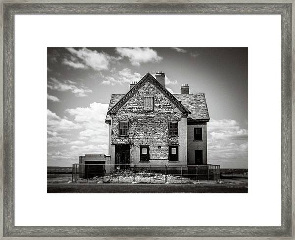 Framed Print featuring the photograph What Remains by Steve Stanger