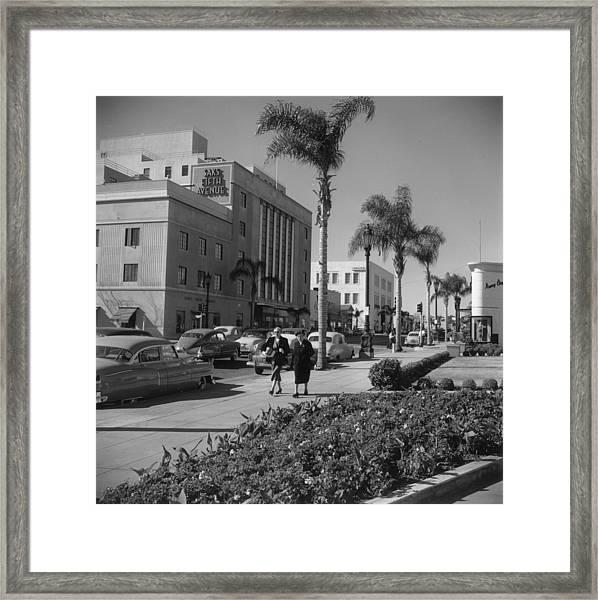 Wilshire Boulevard Framed Print