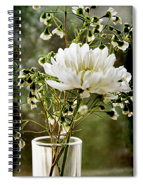 Daisy Mum  3 Spiral Notebook