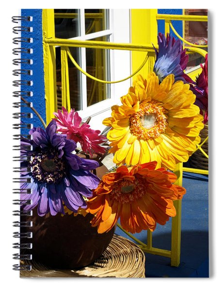 Flores Colores Spiral Notebook
