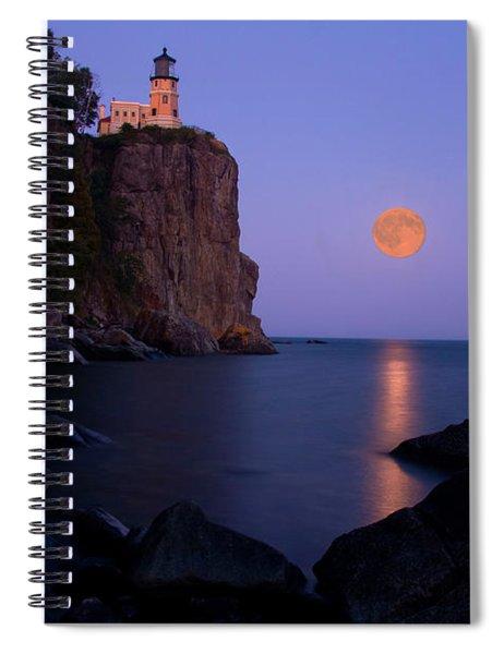 Split Rock Lighthouse - Full Moon Spiral Notebook