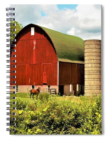0040 - Red Barn And Horses Spiral Notebook