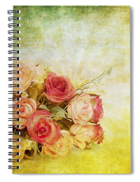 Roses Pattern Retro Design Spiral Notebook