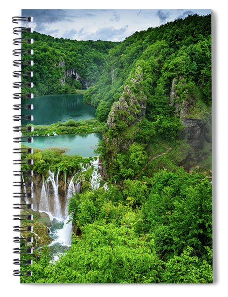 Turquoise Lakes And Waterfalls - A Dramatic View, Plitivice Lakes National Park Croatia Spiral Notebook