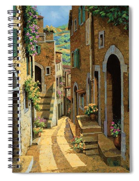 Un Passaggio Tra Le Case Spiral Notebook