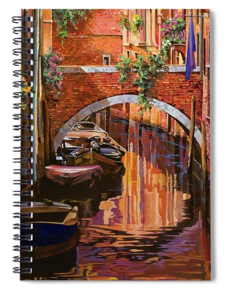 pennellate viola a Venezia Spiral Notebook