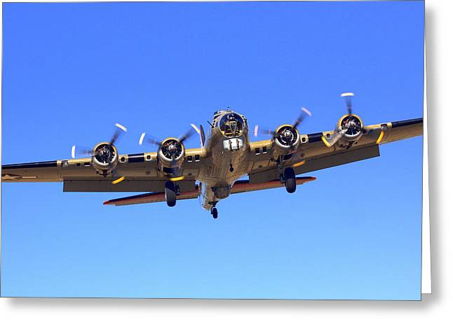 B17 Flying Fortress On Approach At Livermore Klvk Greeting Card