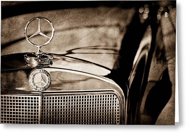 1960 Mercedes-benz 220 Se Convertible Hood Ornament Greeting Card