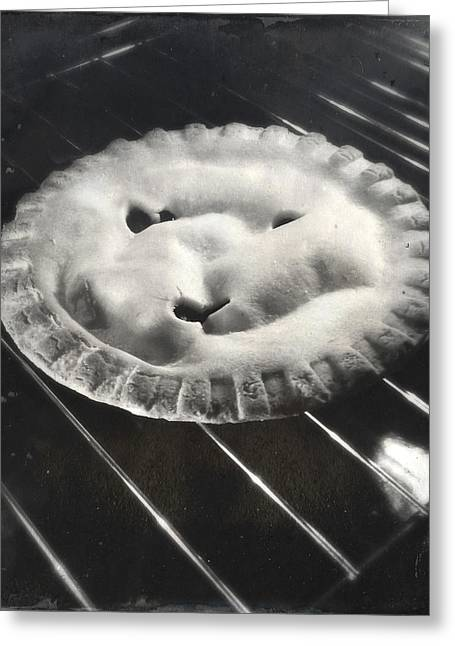 Apple Pie Greeting Card by Les Cunliffe