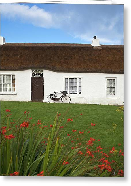 Hezletts Picturesque Thatched Cottage Greeting Card