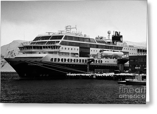 hurtigruten ms midnatsol berthed in Honningsvag harbour Greeting Card