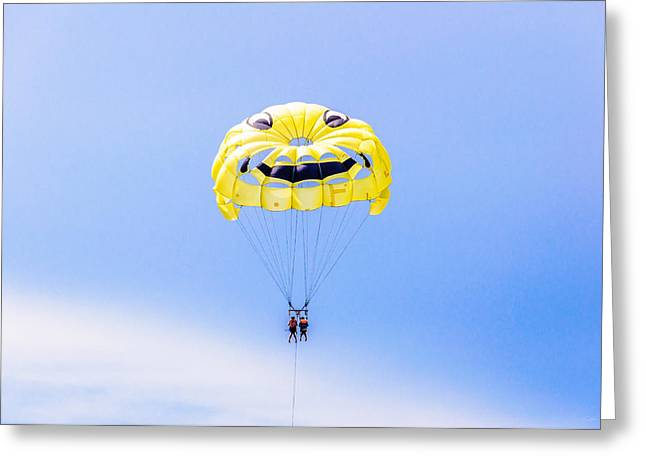 Parasailing With Smiley Face Greeting Card