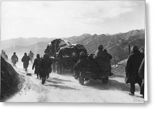 Retreat From Chosin Reservoir Greeting Card by Underwood Archives