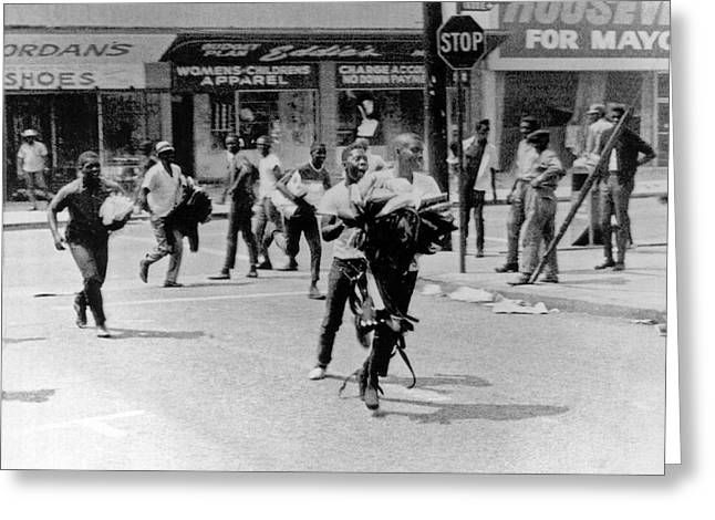 1965 Watts Riot Looting Greeting Card by Underwood Archives