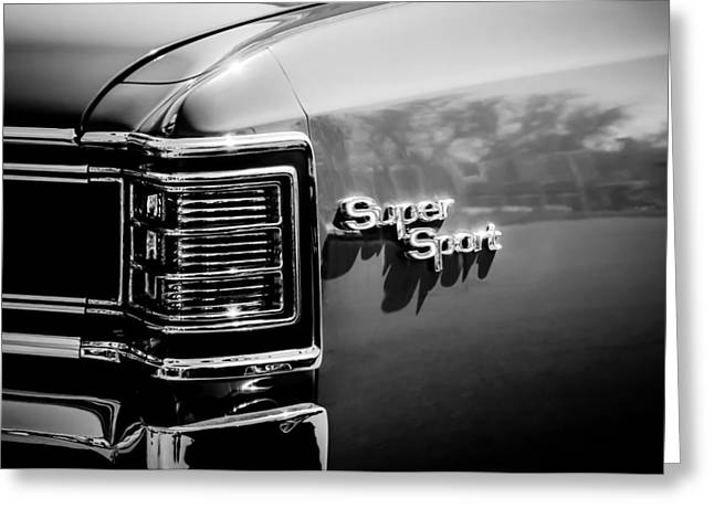1967 Chevrolet Chevelle Ss Taillight Emblem -0468bw Greeting Card