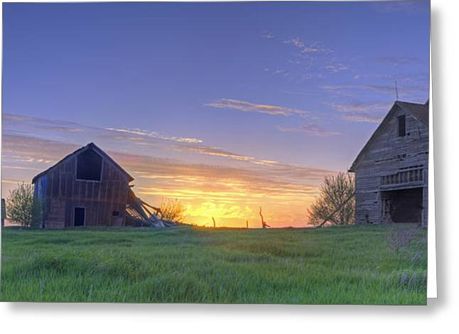 Abandoned Farmhouse And Barn At Sunset Greeting Card