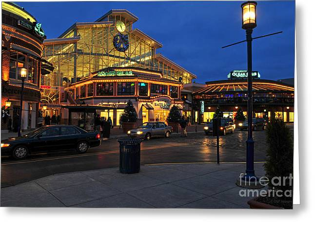 D65l-120 Easton Town Center Photo Greeting Card
