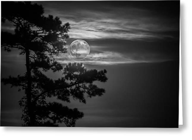 Fullmoon Horizon In Black And White Greeting Card by Mark Hazelton