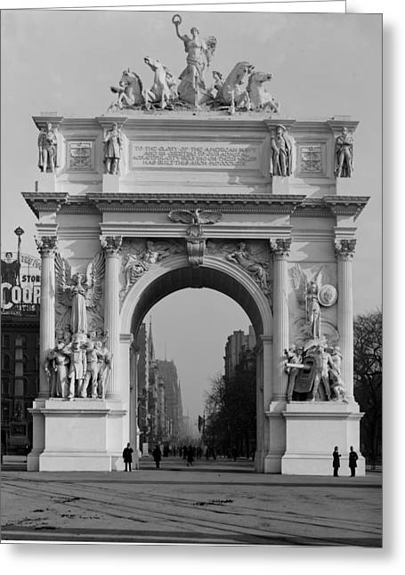 Nyc, Madison Square, Dewey Arch, 1900 Greeting Card by Science Source
