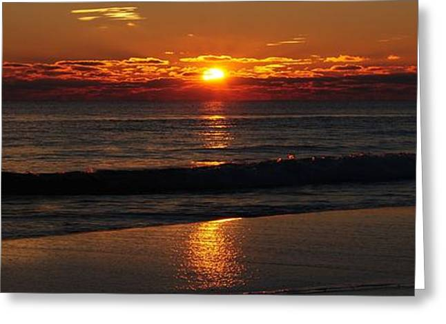 48 Degrees At The Beach Greeting Card