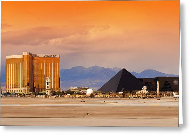 Las Vegas Nevada. Greeting Card by Songquan Deng