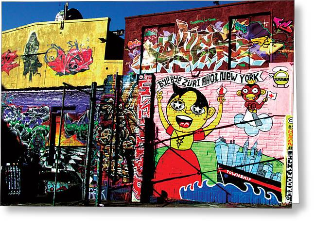 5 Pointz - Shadow Play Greeting Card by Christina Cantero