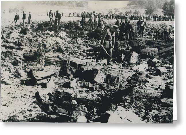 80 Die In A Plane Crash Near Zurich Greeting Card by Retro Images Archive