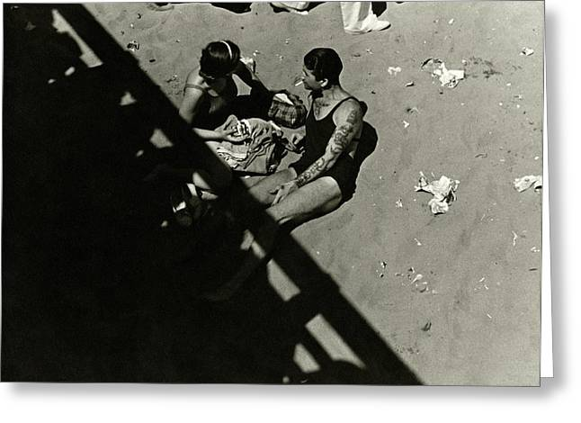 A Couple At Coney Island Greeting Card by Lusha Nelson