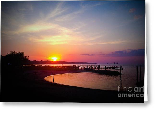 A Yorktown Sunset Greeting Card by Linda Mesibov