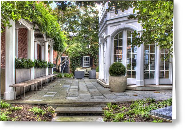 Alexandria Courtyard Greeting Card by ELDavis Photography