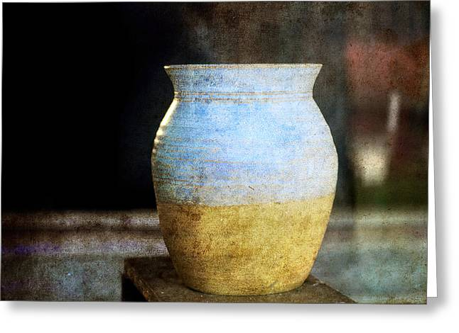 An Old Pot In Vintage Background Greeting Card